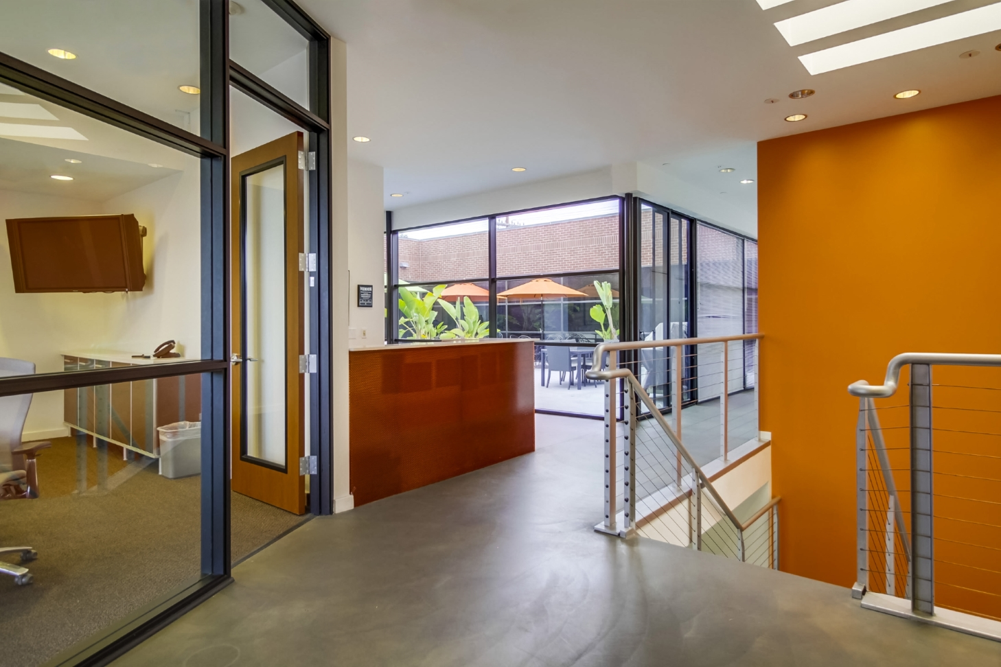 Hotels With Meeting Rooms Near Encino Ca